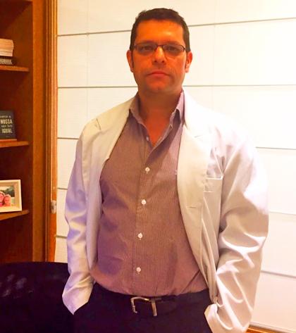 Dr. Ricardo Krapp